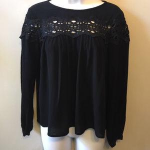 Nanette Lepore Black Crinkle Lightweight Top-Lace